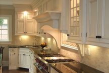 Kitchens/Pantries / by Connie Denahy Bowers