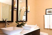 Bathrooms / by Crimenes de la Moda