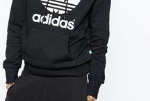 Adidas // Nike