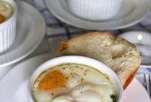 Caprese baked eggs