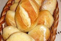 Házi kenyér, zsemle, kifli, stb.