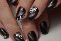 ногти темные