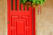 Red doors / by Sandy Sly