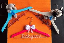 Baby Coat Hangers / Our lovely handmade wooden baby hangers with wording in coloured aluminum wire and fluffy baby animals. The perfect gift idea for baby shower and newborns.