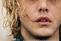 Tom à la Ferme / De nieuwe film van Xavier Dolan! Vanaf 17 april in de bioscoop! Trailer: http://www.youtube.com/watch?v=PdO-2f__ARQ