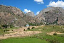 Parc d'Anja / Un parc qui se trouve à Ambalavao est qui est géré par les villageois