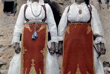 ΕΛΛΗΝΙΚΗ ΠΑΡΑΔΟΣΗ (GREEK TRADITION) / Παραδοσιακές φορεσιές και όχι μόνο