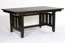 Contemporary Home Decor / Contemporary furniture built with relaxed enjoyment in mind.