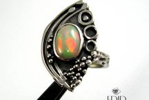 Secession silver ring with etiopian Opal