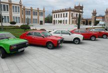 Concentración de Seat 1200 y Seat 128 en el Museo del Automovil / El pasado sábado contamos con la vista de cerca de 20 modelos Seat 1200 Sport y Seat 128, fabricados por la empresa Seat desde el año 1975 hasta 1980, para evocar los recuerdos de aquellos que fueron dueños de algunas de estas significativas piezas.