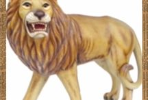 Life Size Lions and Tigers Statues / These statues are handcrafted from the most durable resin or fiberglass resulting in high-quality statues. Each product is very unique, one of a kind and stands out from the rest. The life-size majestic lion and tiger statues, displays and props are beautifully designed with their vibrant colors that are deceivingly life-like. Shop with us today.