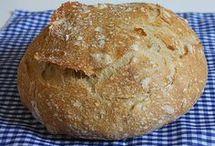 Chleba, rohlíky . . .