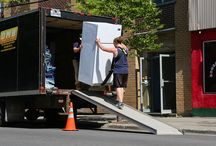 Montreal moving companies / With the bag strings getting ever tighter and also tighter as well as the cost of moving residence continuing to increase, there's no surprise moving companies are aiming to entice customers in with low prices and offers.
