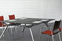 Actiu / Specialists in office furniture and seating.