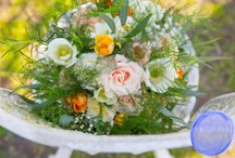 Alison & Karl / Alison and Karl married at Sopley Mill and chose a peach and cream colour scheme in a natural style using plenty of beautiful spring flowers! #realwedding #realflorist #realflowers #weddinginspiration