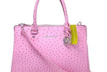 Handbags and Purses / by LVNX