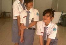 SMK KESEHATAN 'GLORIA' MANADO / Sekolahan :D