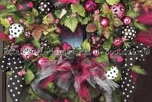 Wreaths / by Kim Douglas Patterson