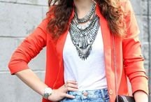 4 Tips For Wearing Jewelry To Work