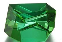 Gemstones wonders / Fashioned gemstones from around the world cut by the worlds Best!