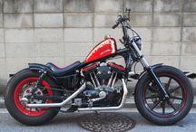 1998 Harley Davidson XL1200S Sportster Custom / 1998 Harley Davidson XL1200S スポーツスターをベースにコンパクトなチョッパーを製作 byモミアゲスピード モーターサイクルズ