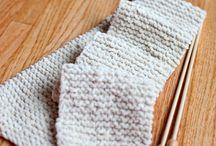 CRAFTS--Knitting