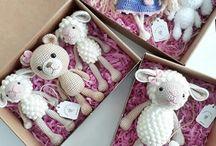 Bonecos de Crochet