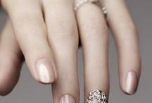 Nail Designs / by Rebecca Hutchings