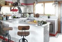 Kitchen / by Vanessa Dawn