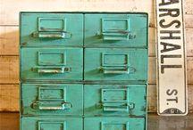 Muebles / by Maria Adelaida Escobar Villegas