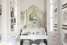 Beautiful Bathrooms / by Wendy-Lynn Naude