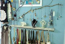 Jewellery Display- store