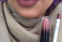 The colors of lipsticks on the lips ♥