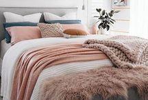Bedroom Mao