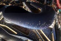 (arch.)Zaha Hadid