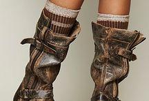 Shoes / boots, sandals etc.