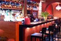 Locali bar pub / Esempi di allestimenti di locali per il divertimento