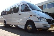 Touringcar vervoer : max 21 personen / Taxicentrale Breda verzorgt touringcarvervoer voor maximaal 21 personen en voor verschillende gezelschappen: - luchthavenvervoer - teambuildingdagen - personeelsuitjes - discovervoer - trouw- en rouwvervoer
