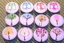 Girl's room knobs