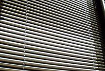 Jaluzele orizontale din aluminiu / Avem o gama variata de culori disponibile pentru jaluzelele orizontale din aluminiu. Dimensiunea lamelelor este de 25 mm. Va invitam sa vedeti mai multe in magazinul nostru.