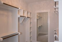 Walk-In Closets / Design ideas for a walk-in closet