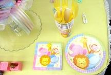 Noah's Ark Baby Shower Theme / by Platinum Diaper Cakes
