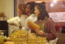 """Bread  / """"Per un uomo affamato, un pezzo di pane è il volto di Dio"""" Gandhi"""