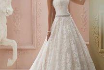 nej svatební šaty
