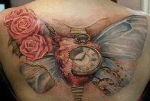 Tatuatges sobre Dalĺ