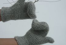 Knit and Crochet - Mittens / by Sue Dionne