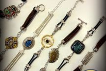 Bracelet Boutique / Beautiful new collection of unique focal connectors and bracelet pieces. Make a bracelet in a snap with this fun new DIY program from Jesse James Beads