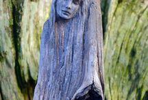 drevo saMorost Socha z dreva