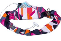 Holiday Gifts for Runners / Looking for the perfect practical gift for the fashion savvy runner on your list? BANDI running belts and pocketed headbands are the answer you've been looking for! Unmatched selection of colors and patterns, BANDI has a belt that will fit any phone including the larger tablet phones like Samsung Galaxy Note and iPhone 6 Plus.