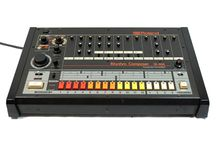 Drum Machines / beat machines i like